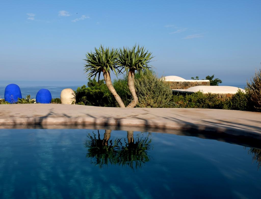 dammuso shams a great little oasis surrounded by the sun between a great little oasis surrounded by the sun between fiery sunsets and the african sea maximum comfort and great attention to detail